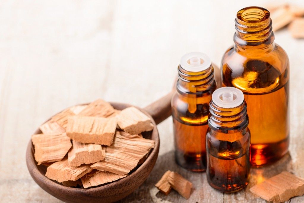 Benefits sandalwood oil