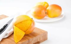 10 Proven Health Benefits of Mango Peel