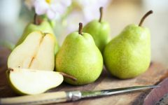 26 Proven Health Benefits of Pear