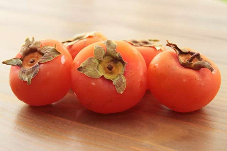 18 Proven Health Benefits of Persimmon