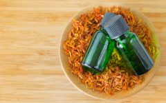 22 Proven Benefits of Safflower Oil for Health