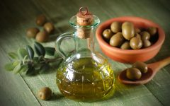 27 Proven Health Benefits of Olive Oil