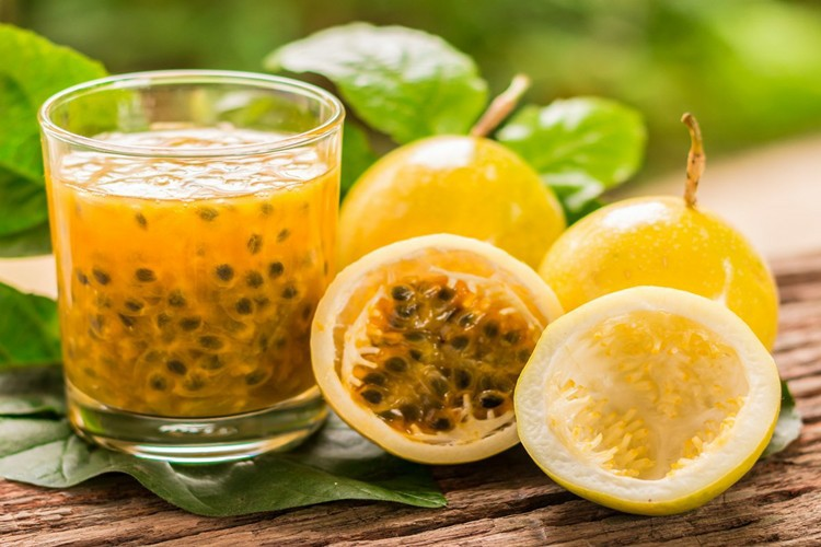 benefits of passion fruit juice