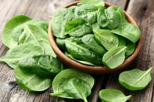 15 Proven Health Benefits of Spinach