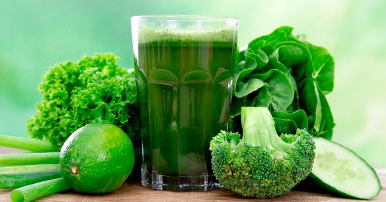 Benefícios de suco verde